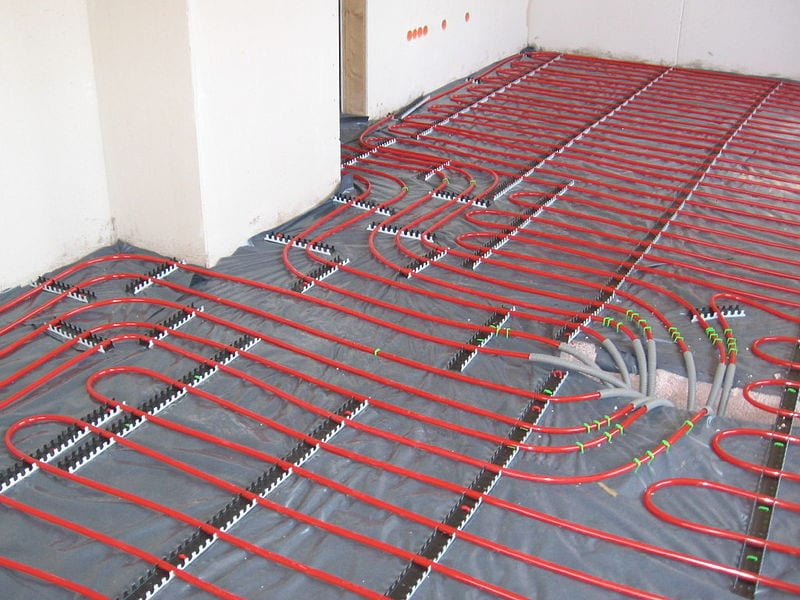Where can liquid floor screed be used